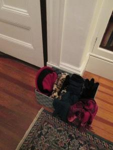 winter-hat-basket